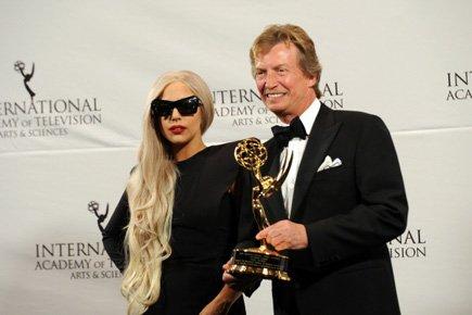 Lady Gaga est venue présenter un prix honorifique... (Photo: AFP)