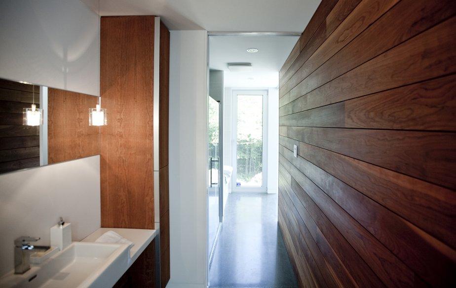 Une maison trois fois plus petite lucie lavigne maisons - Plus d eau au fond des toilettes ...