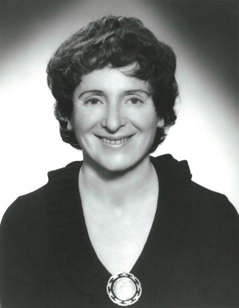 La romancière Chava Rosenfarb, date inconnue (Archives de la Bibliothèque publique juive de Montréal)