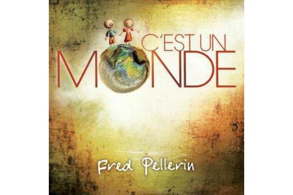 Ce deuxième album de Fred Pellerin est un disque plus assumé, avec des chansons...
