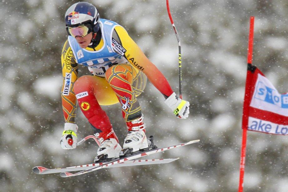 Erik Guay a terminé 44e de la descente... (Photo: Mike Blake, Reuters)