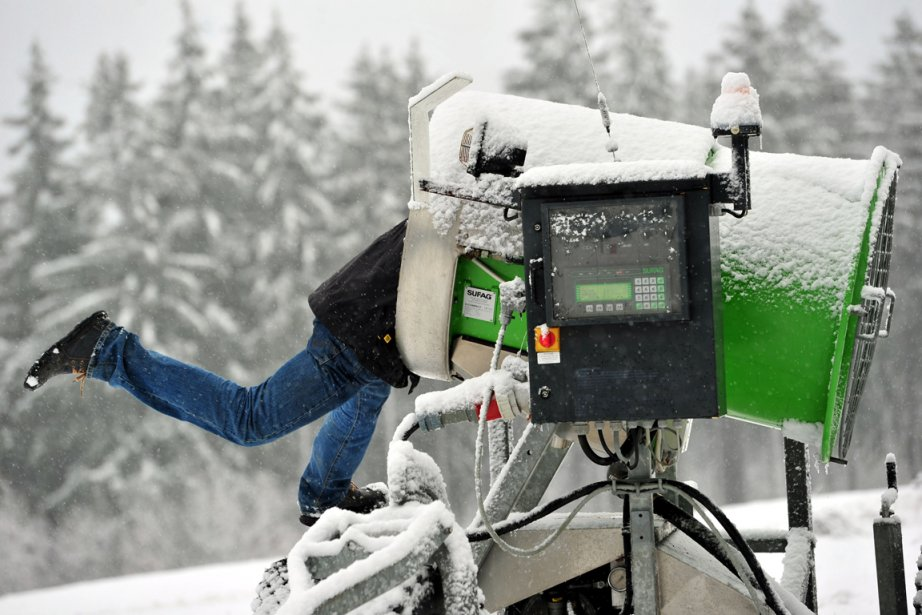 Faire de la neige coûte de plus en... (Photo: Stefan Thomas, AFP)