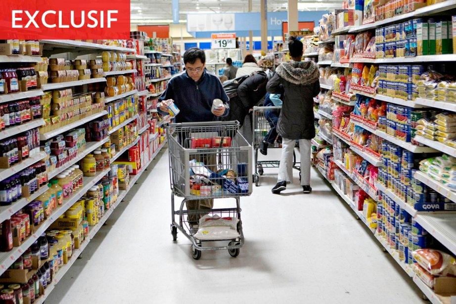 «C'est Walmart qui offre le panier d'épicerie le... (Photo: Bloomberg)