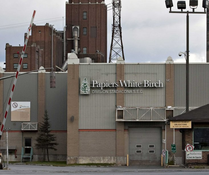 L'usine White Birch à Québec.... (Photo La Presse Canadienne)