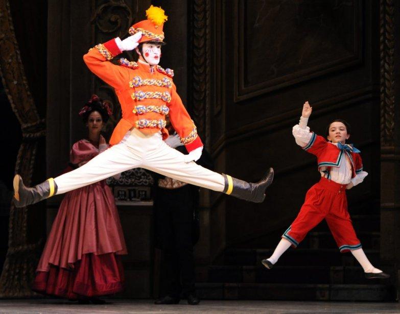 Casse Noisette est de retour cette année encore à la Place des Arts. Sur notre photo, la répétition générale du spectacle présenté par les Grands Ballets canadiens.   9 décembre 2011