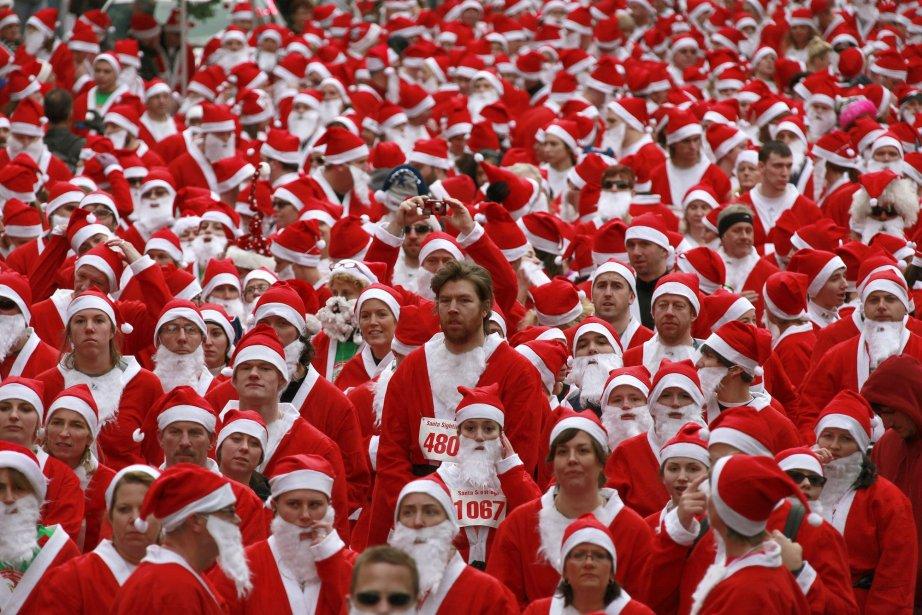 449599-plus-1600-coureurs-deguises-pere.jpg