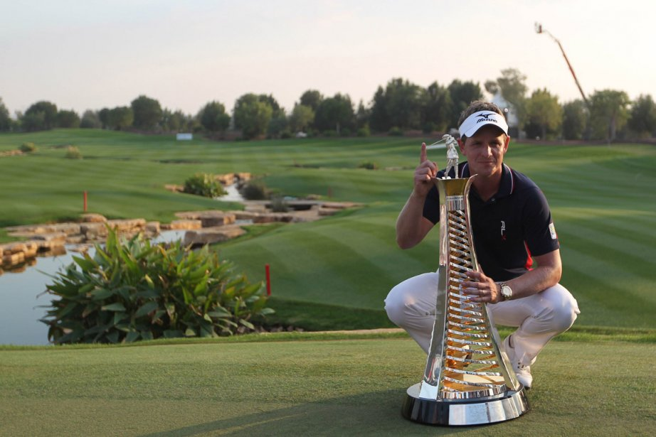 L'Anglais Luke Donald (3e) devient le premier golfeur... (Photo Karim Sahib, AFP)