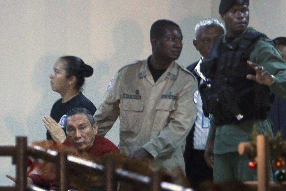 Manuel Noriega a été extradé vers le Panama... (Photo: Esteban Felix, AP)