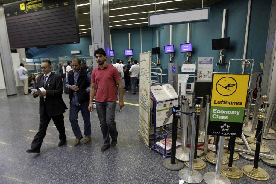 L'aéroport de Tripoli, en Libye... (Photo: AFP)