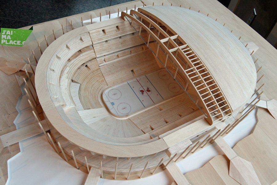 Une maquette du futur amphithéâtre de Québec.... (Photo: Jocelyn Bernier, Le Soleil)