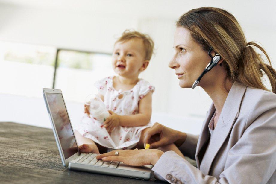 Les mères au foyer sont désavantagées par le droit social et le... (Photos.com)