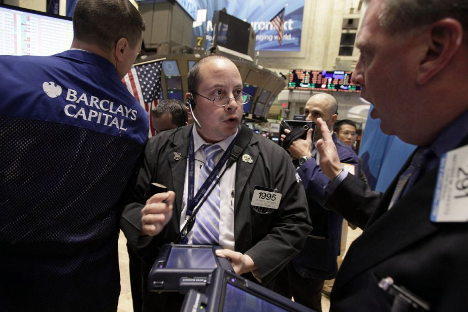 Bank of America reculait ainsi de 3,08%, Citigroup... (Photo: AP)