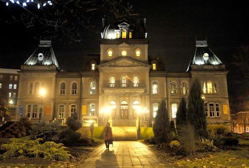 Un budget jug raisonnable par les chambres de commerce for Chambre de commerce de sherbrooke