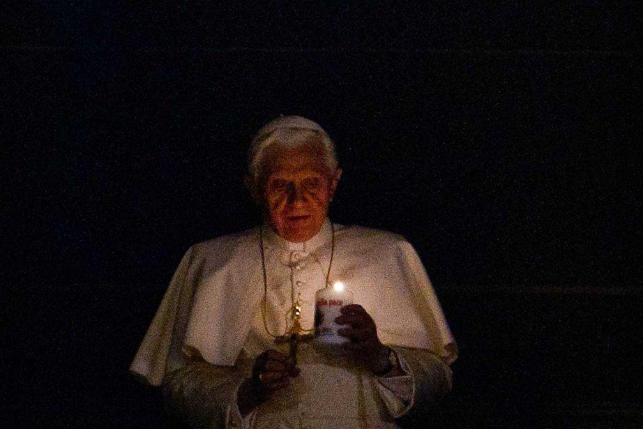 Le pape Benoît XVI est apparu à sa... (Photo AFP)