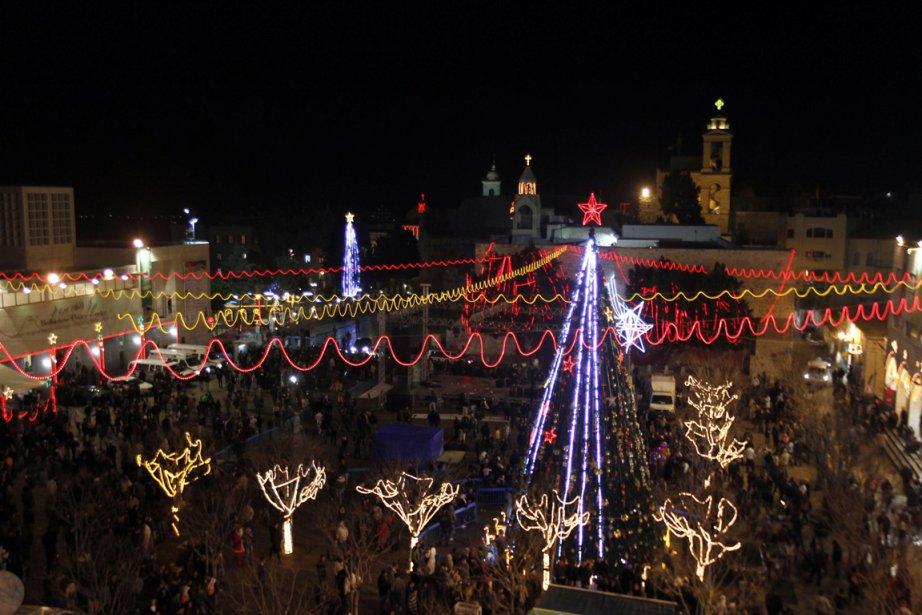 Les célébrations de Noël près de l'Église de... (Photo: AMMAR AWAD, Reuters)