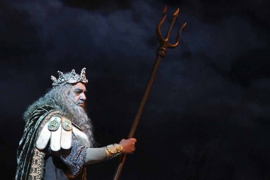 Placido Domingo en Neptune dans L'île enchantée.... (Photo Mary Altaffer, AP)