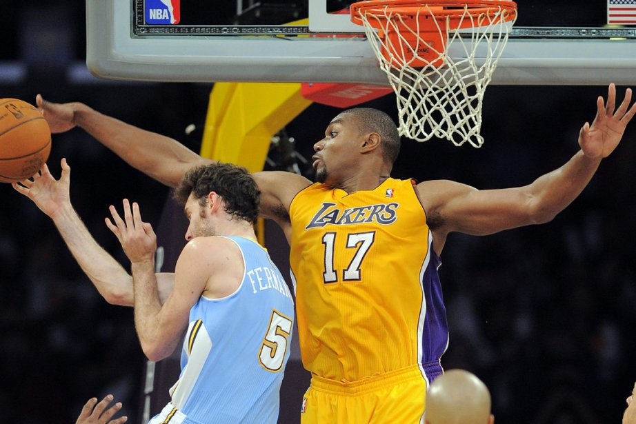 Les Lakers ont remporté leur match, samedi soir,... (Photo Mark J. Terrill, AP)