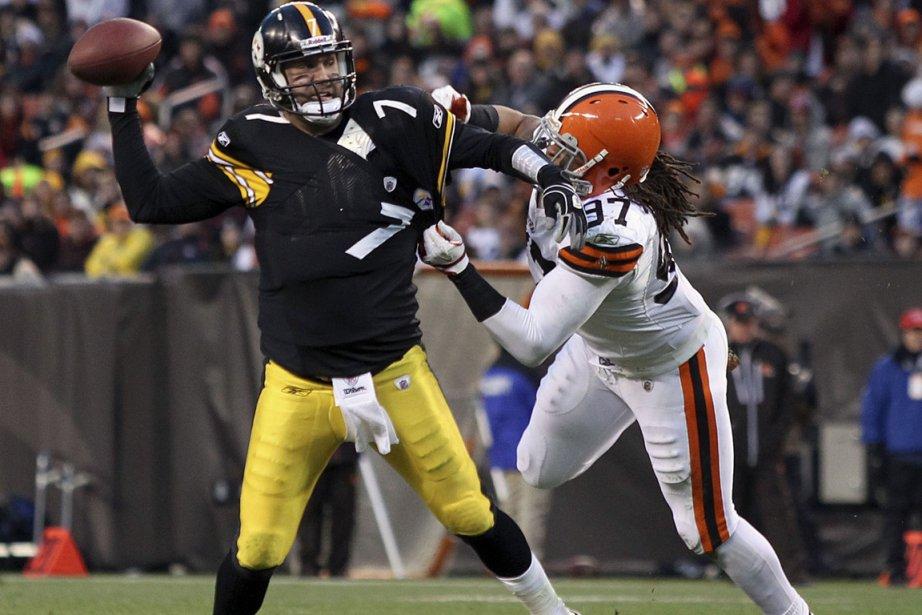 Le quart des Steelers Ben Roethlisberger a amassé... (Photo: Aaron Josefczyk, Reuters)
