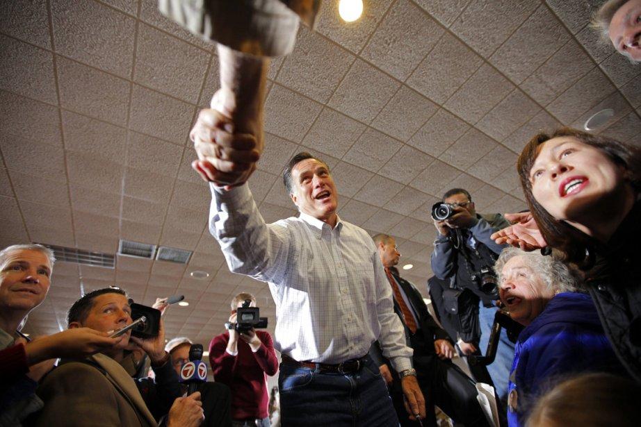 Mitt Romneya franchi un pas important vers... (Photo: Brian Snyder, Reuters)