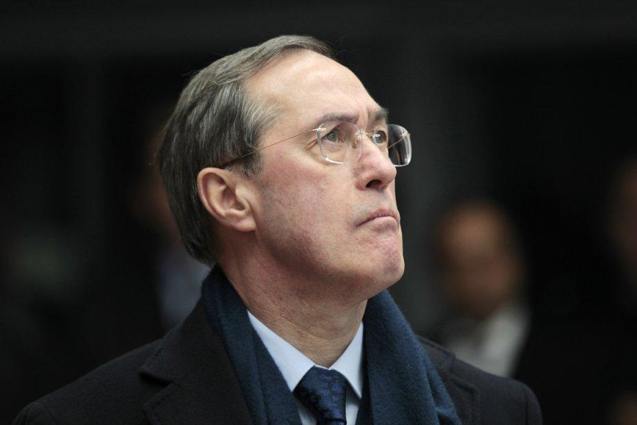 Le ministre de l'Intérieur, Claude Guéant, qui est... (Photo: Charles Platiau, Reuters)