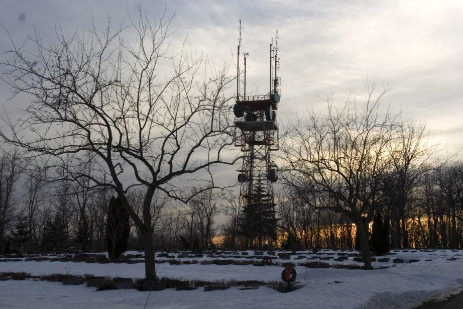 Une tour cellulaire située sur le mont Royal.... (Photo: Martin Chamberland, Archives La Presse)