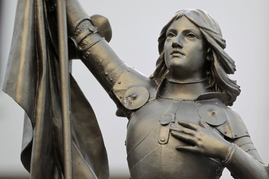 Une statue de Jeanne d'Arc... (Photo: Reuters)