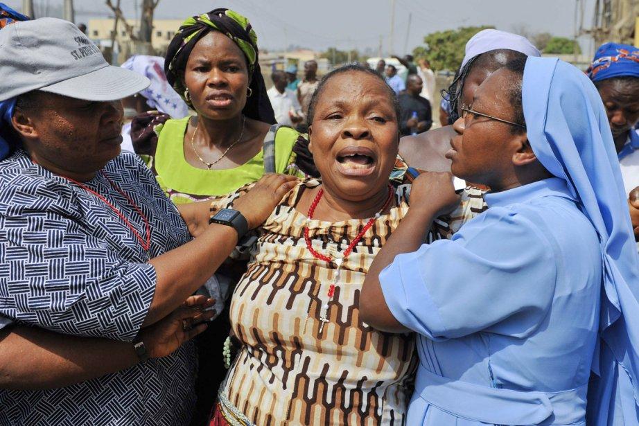 Une femme pleure la perte de ses proches... (Photo: Afolabi Sotunde, Archives Reuters)