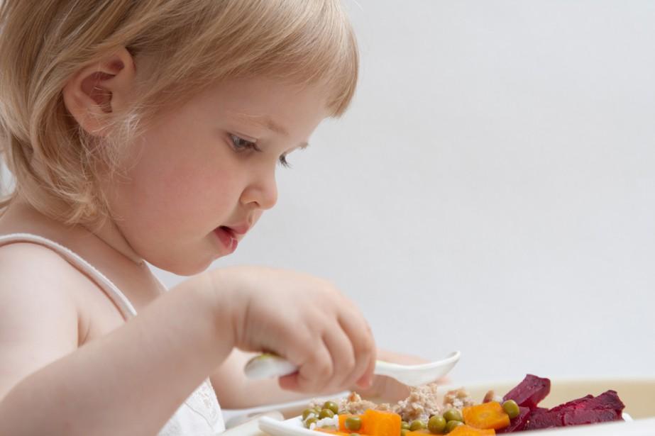 Les enfants très difficiles sur la nourriture courent un risque... (Photos.com)