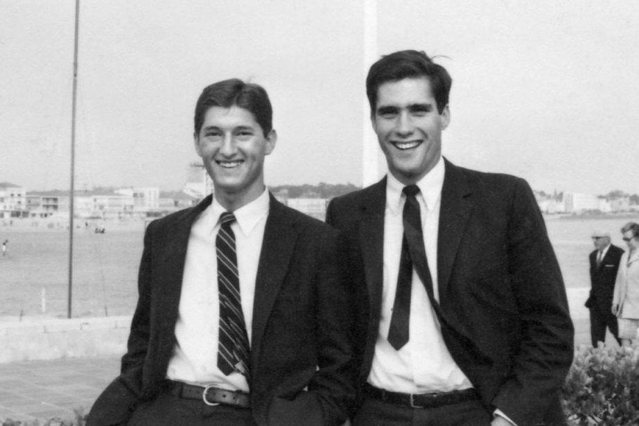 Mitt Romney (à droite) en compagnie d'un camarade,... (Photo: Archives AFP)