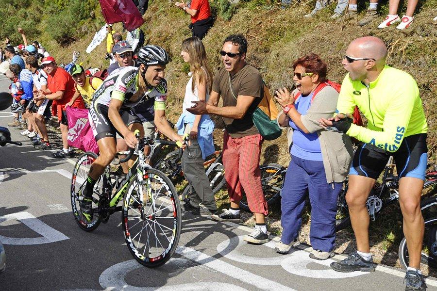Le vainqueur du Tour d'Espagne 2011, Juan José... (Photo: Reuters)