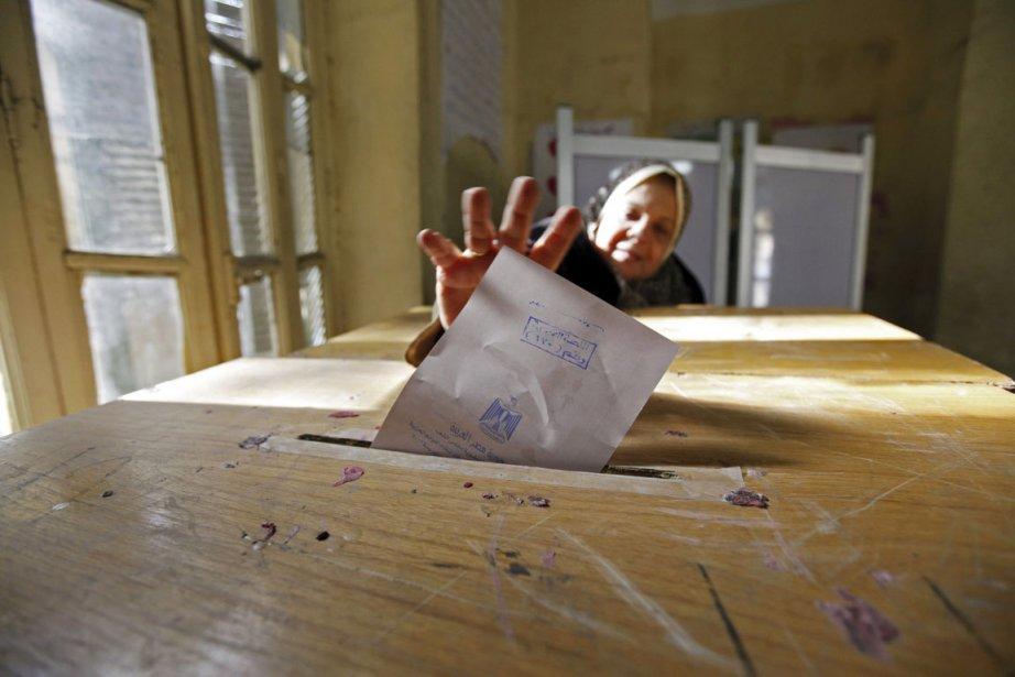 Les islamiste sont sortis grands gagnants des législatives... (Photo: Mohamed Abd El-Ghany, Reuters)