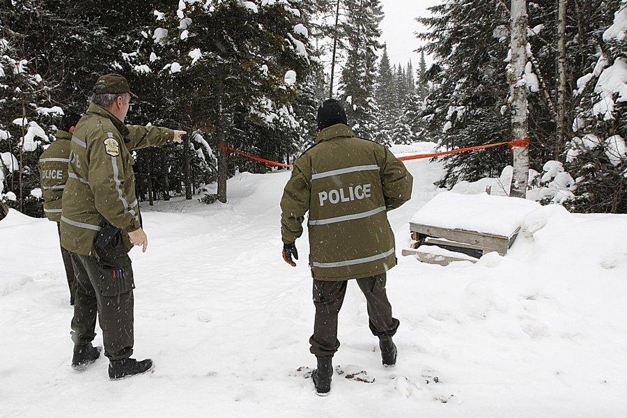 Les techniciens en scènes de crime de la... (Photo: Patrick Sanfaçon, La Presse)