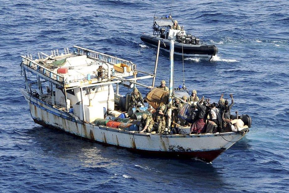 Treize pirates somaliens ont été capturés vendredi par... (Photo: AFP)