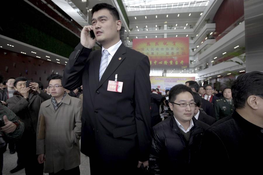 Yao Ming est devenu membre de la Conférence... (Photo: archives AFP)