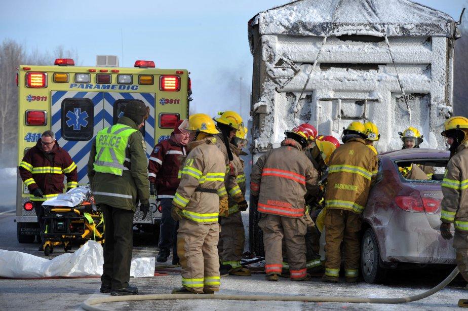 Les causes de l'accident ne sont pas encore déterminées. La Sûreté du Québec mène une enquête. | 16 janvier 2012