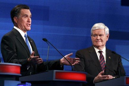 Mitt Romney et Newt Gingrich lors du débat... (Photo: Reuters)
