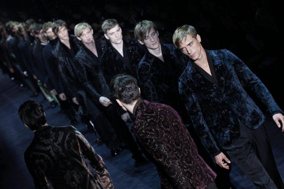 Des mannequins défilent pour Gucci à Milan.... (Photo: AP)