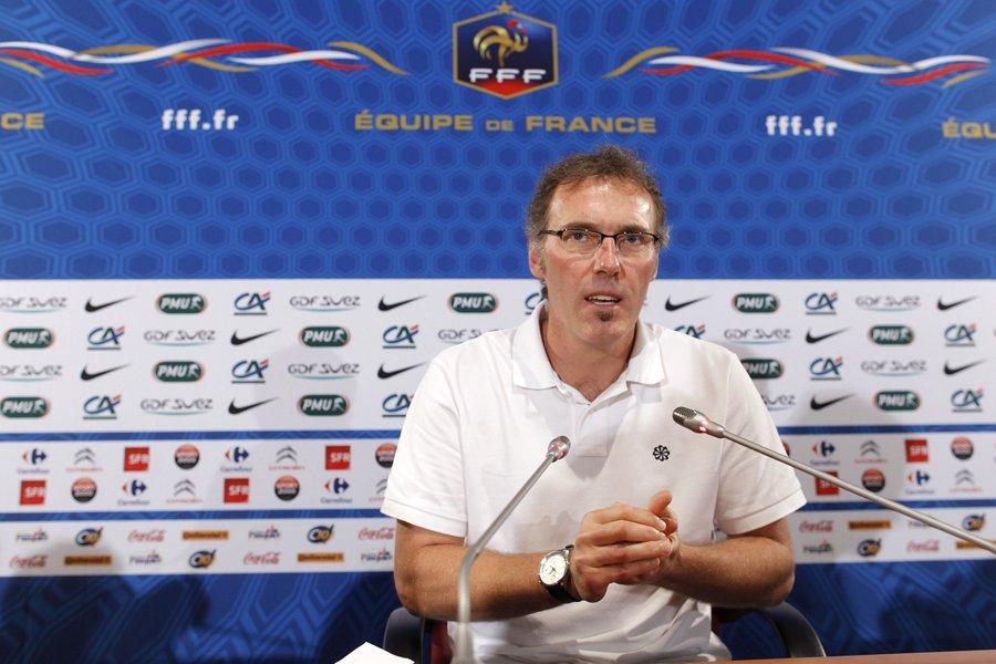 Le sélectionneur de l'équipe de France, Laurent Blanc.... (Photo: Reuters)