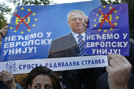 Vojislav Seselj est jugé par le TPIY pour... (Photo: Reuters)