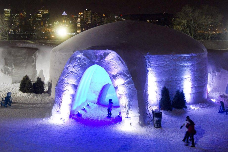 Visite de l'hôtel de glace du Village des... (Photo: Robert Skinner, La Presse)