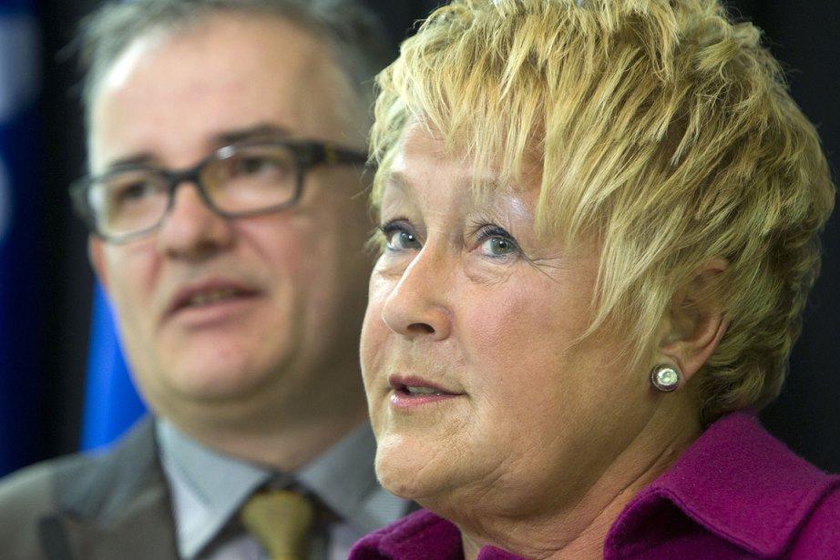 Pauline Marois a présenté dimanche un nouveau candidat,... (Photo: Robert Skinner, La Presse)