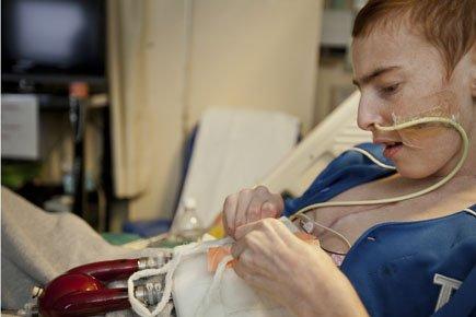 Vincent Lambert vit grâce à un coeur mécanique... (Photo: Edouard Plante-Fréchette, La Presse)