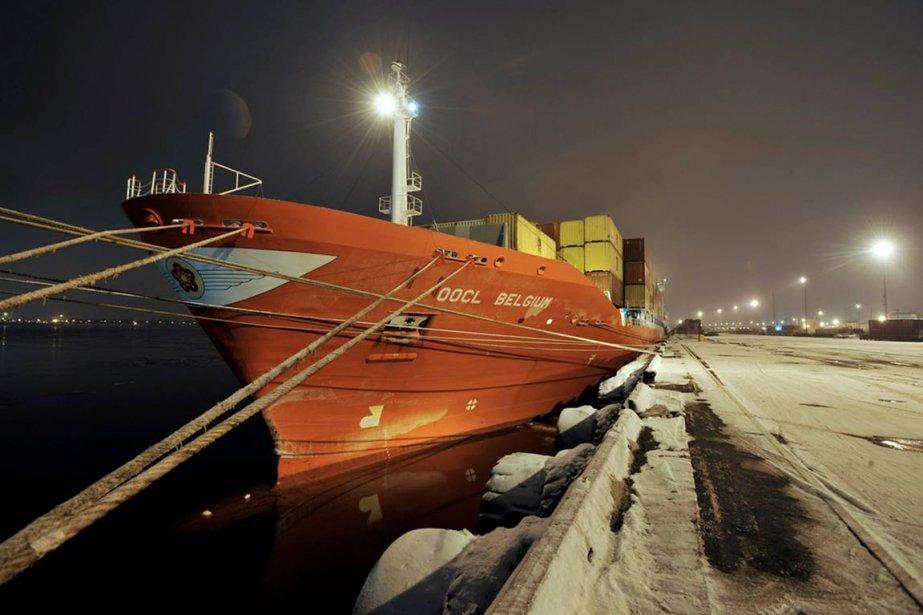 La hausse du trafic au port de Montréal... (Photo fournire par CNW)