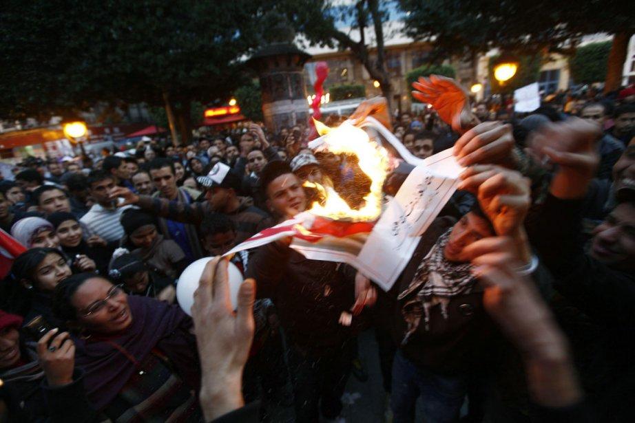 Le 14 janvier dernier, les Tunisiens célébraient le... (Photo: archives Reuters)