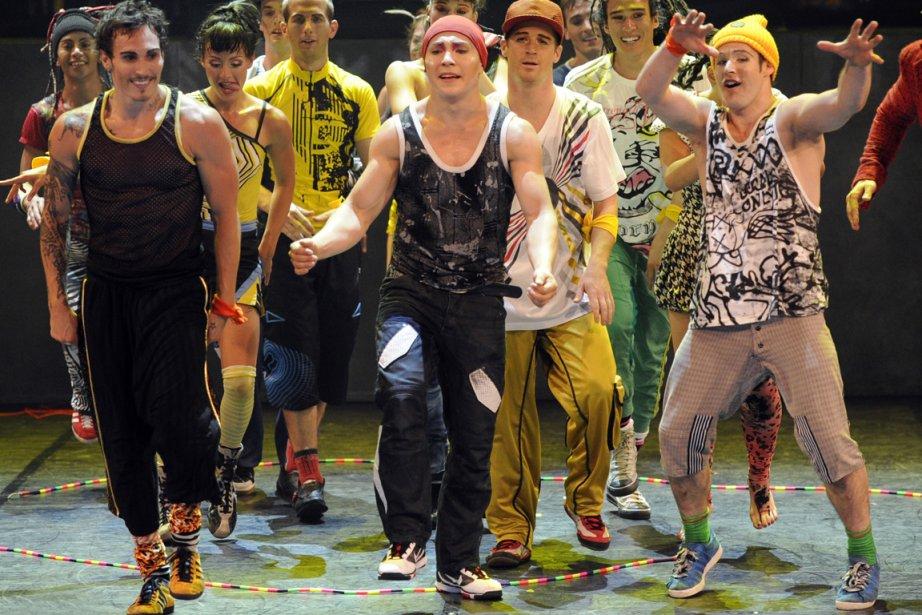 Scène du spectacle iD du Cirque Éloize.... (Photo Bernard Brault, La Presse)