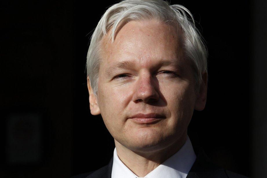 Julian Assange a critiqué le gouvernement de centre-gauche... (Photo AP)