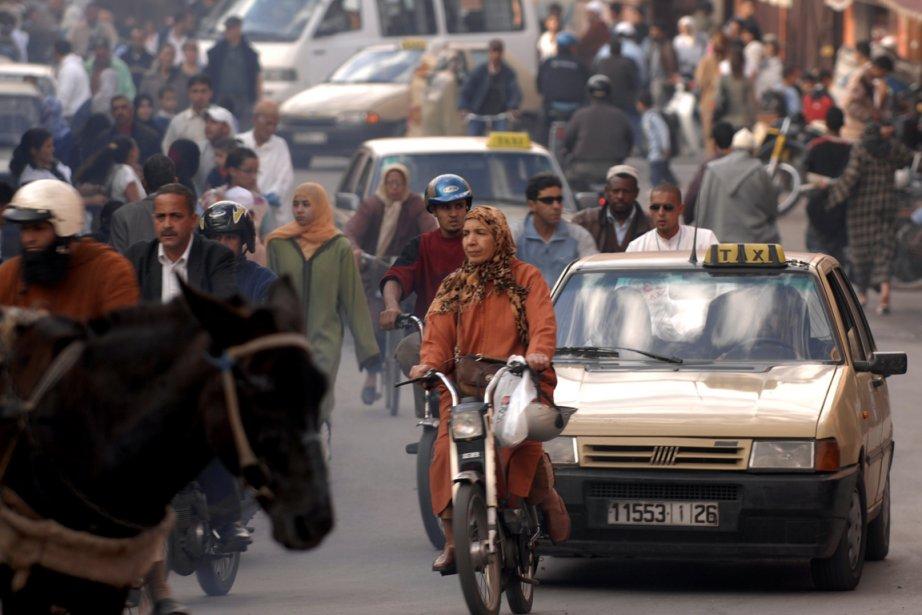 Une rue animée à Marrakech.... (Photo: Bernard Brault, archives La Presse)