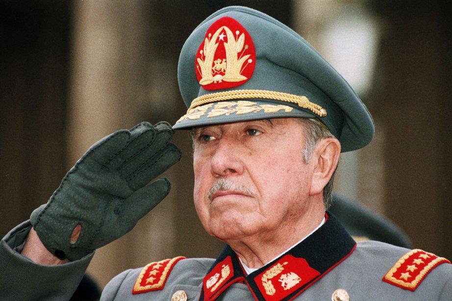 Augusto Pinochet... (Photo: archives AP)