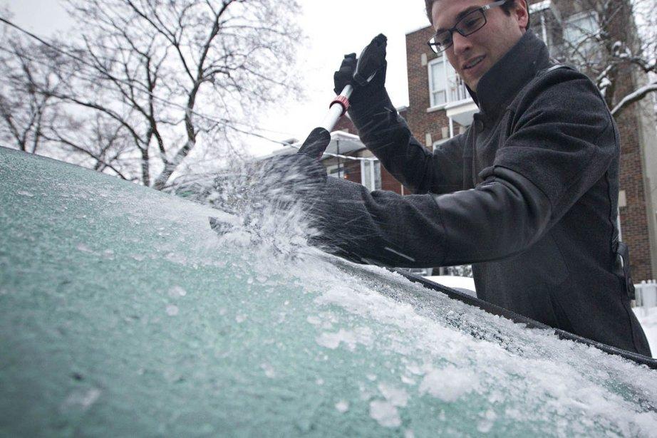 Comme prévu, ce sont environ 10cm de neige... (Photo: Patrick Sanfaçon, La Presse)