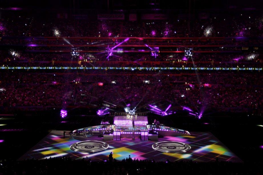 Le spectacle de la mi-temps du Super Bowl avec... (Photo: John Sommers, Reuters)